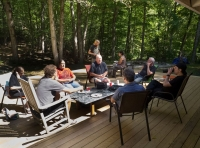 group-discussion-in-the-sun