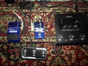 From left: JamMan Solo XT, Express XT, FS3X footswitch, RP360XP